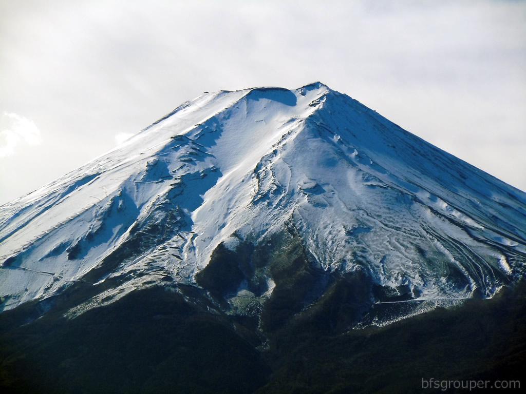 Fujiyama09富士山アップ